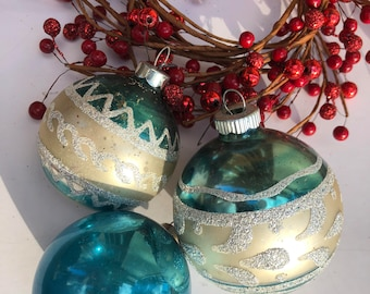 Vintage mid century collection of glass ornaments