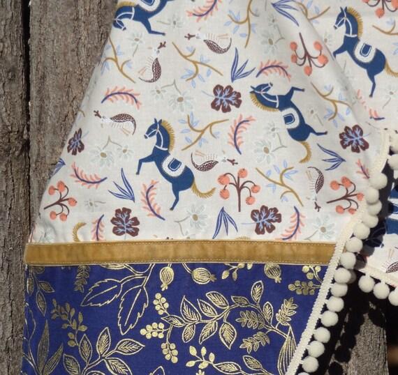 1d0f1f85b06 Echarpe triangulaire foulard bohème chic étole femme en