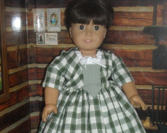 """American Girl 18"""" Doll Green Outlander Claire Dress and Accessories"""