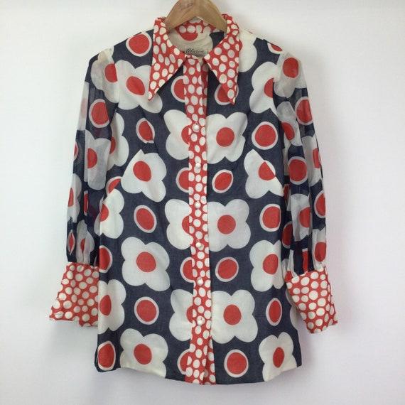 Vintage 1960s Flower Pattern Dagger Collar Shirt