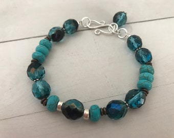 Isa Bracelet in turquoise and chocolate