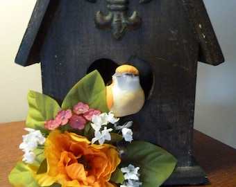 Bird House, Home Decor, Center Piece of two love birds in their new home.