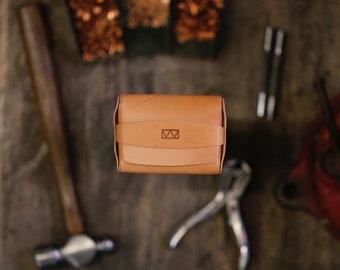 Plume Cash Wallet - Simple Enclosed Flap Wallet for Cash, Credit Cards, & Business Cards - Minimalist Flap Wallet with Copper Rivets