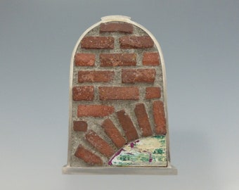 Brick Brooch in silver