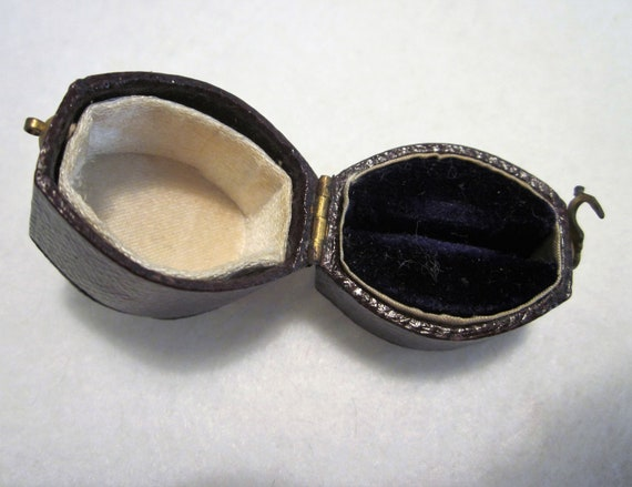 Antique Ring Box, Leather Ring Box, Victorian Ring