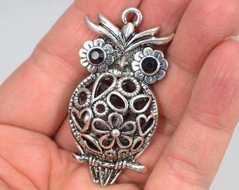 English Pewter ab Handmade in Great Britain Tawny Owl Bird Scarf Ring