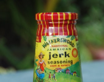 100 Walkerswood Hot Jamaica Jerk Sauce 10oz (280g) bottles