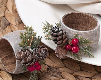 Christmas Napkin Rings with Pinecones Decor, Rustic Table Decoration, Winter Wedding Napkin Rings Holders, Thanksgiving Table Decor