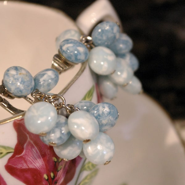 Vintage 1950s Cloudy Blue Bead Stone Dangle Chain Clip On image 2