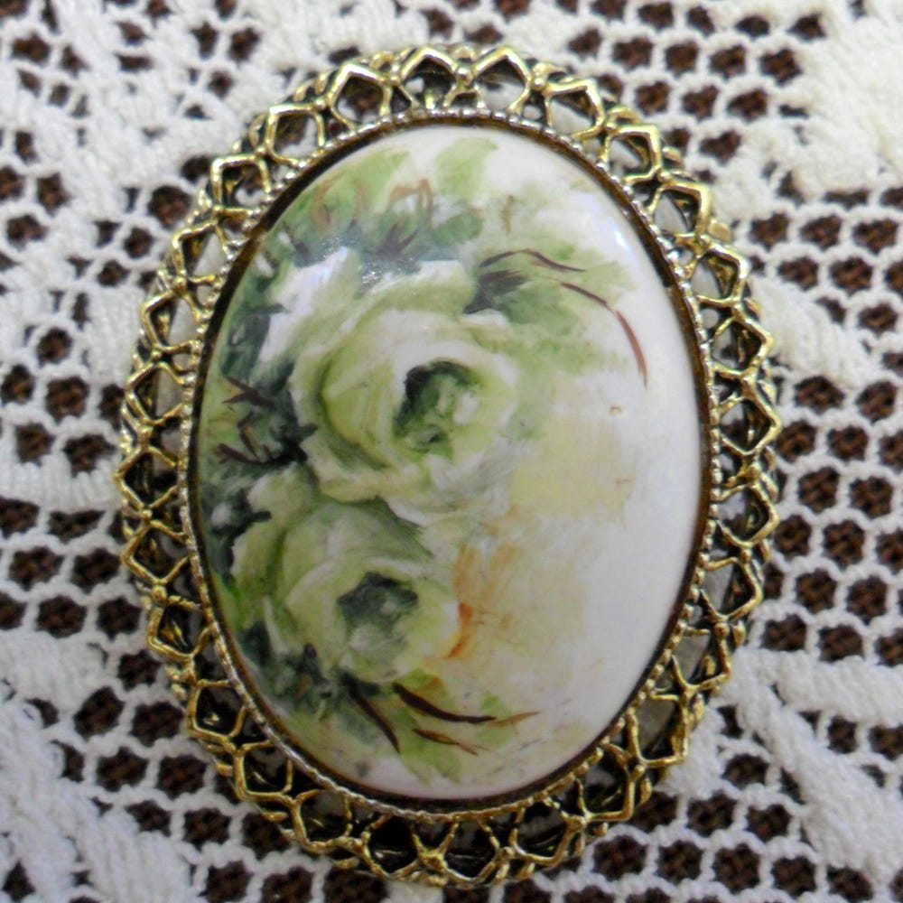 Vintage White Roses on Milk Glass Pin Brooch 1970s Gold Tone image 0