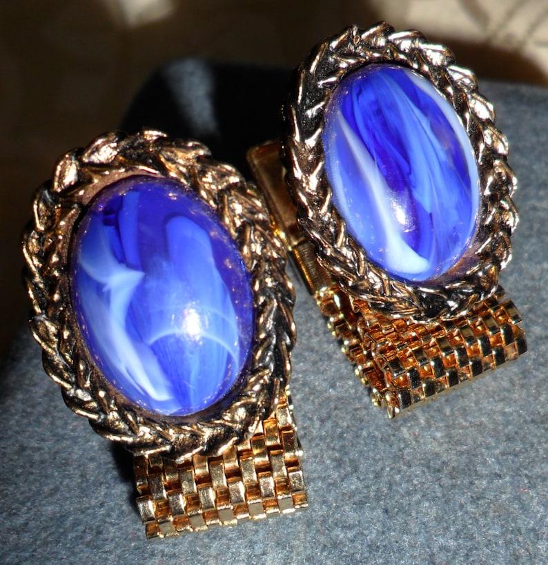 Vintage Cobalt Blue & White Marble Oval Cabochon on Gold Tone image 0