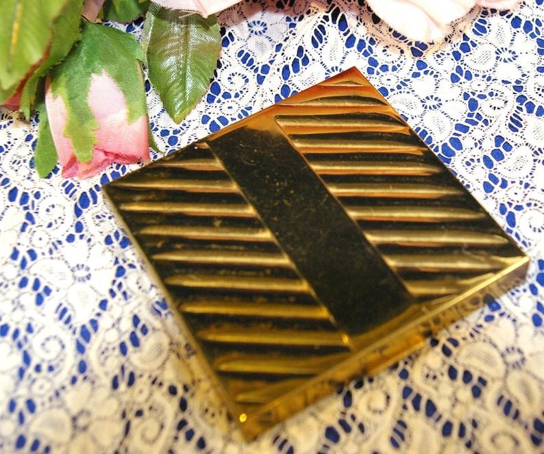 Vintage Art Deco Dorset Fifth Avenue Gold Tone Powder Compact image 0