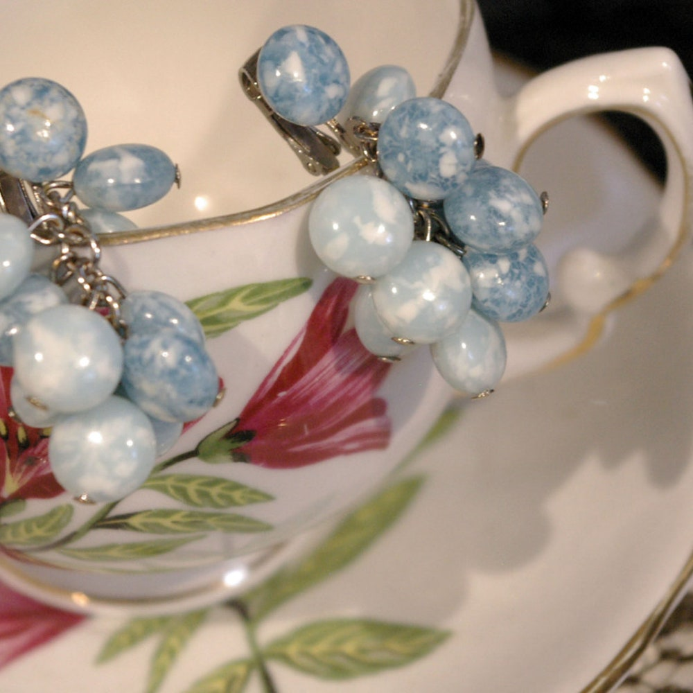 Vintage 1950s Cloudy Blue Bead Stone Dangle Chain Clip On image 0