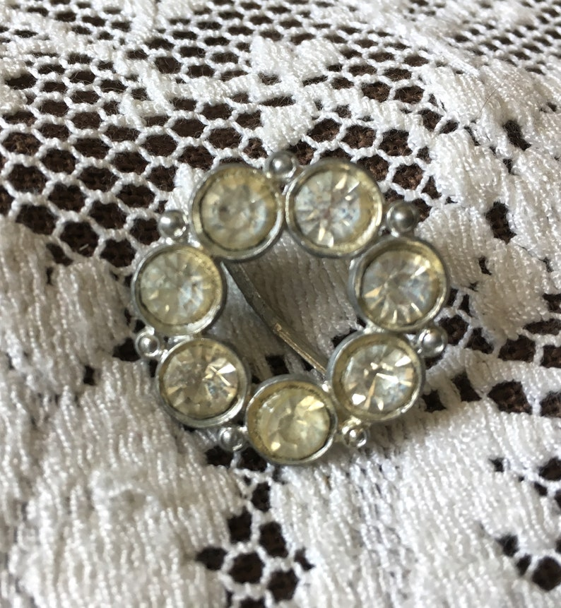 Vintage Scarf Ring Large Clear Sparkling Rhinestones on Silver image 0