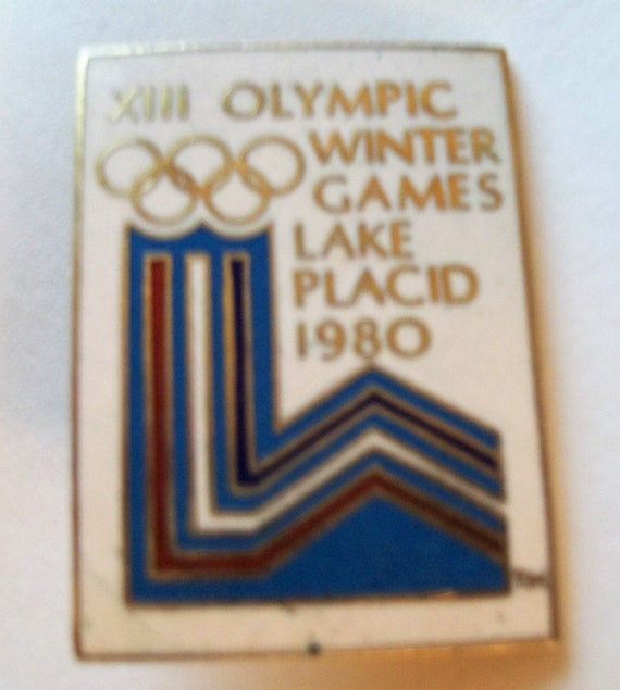 Lake Placid XIII New York NY Winter Games 1980 Antique Collector Pinback Push Pin Vintage sports Gift for Athletes Memorabilia Team USA art