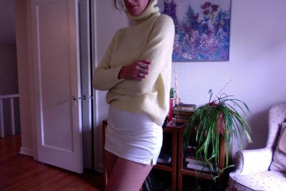 Butter yellow turtleneck - image 1