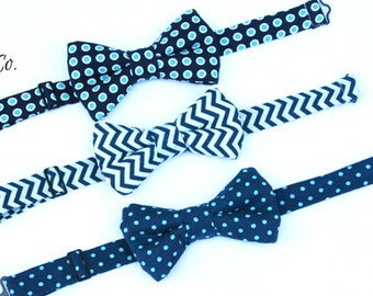 Boys Navy  Bow Tie, Boys Navy Blue Bow Tie, Toddler Navy Bow Tie, Boys Blue Bow Tie, Ring Bearer Outfit, Baby Bow Tie,