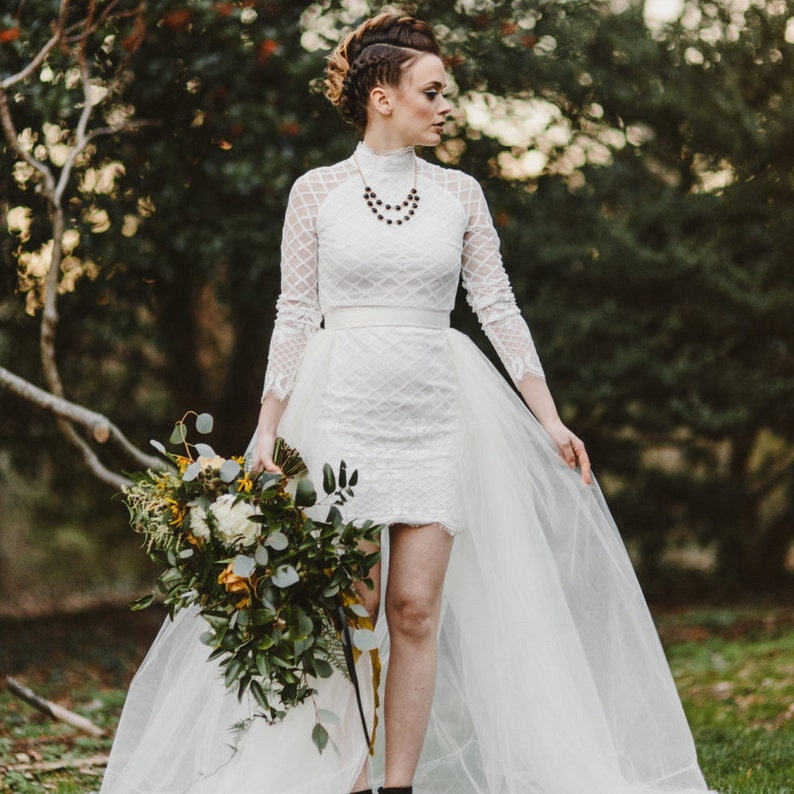 1b7686c885 Detachable Train bridal separates ivory tulle overskirt