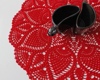 Free shipping, Red cotton lace doily, hand crochet table clothes, pineapple center piece, Rustic home decoration, valentines, Ready to ship