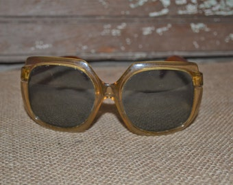 fe14438506 Vintage Polariod Big Sun Cool Ray Sunglasses ~ Large 70s Eyewear