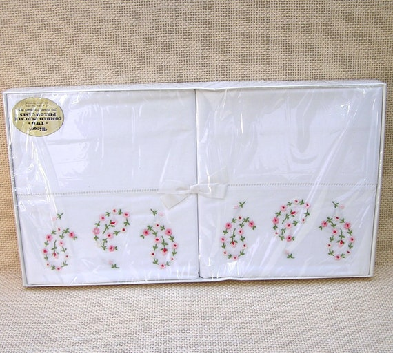 Embroidered Pink Flower Pillowcases Vintage Linens Riegel Combed Percale  200 Thread Pillowcases Made in U S  unused in original box