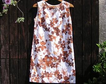 70s California Summer Shift . Groovy Mod Flower Power Dress