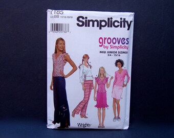 Juniors' Top - Skirt - Pants - Sewing Pattern . UNCUT . Simplicity 7185 . junior size 11/12 13/14 15/16