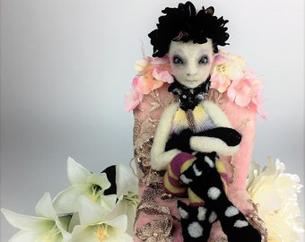 Art doll: Arabella