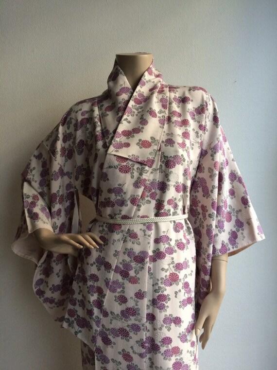 Vintage Japanese crepe silk kimono with purple chr