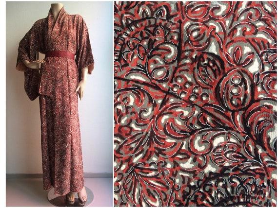 Pretty mid century crepe silk vintage japanese kim