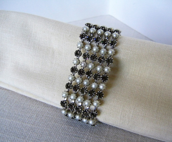 KRAMER of New York BRACELET Smoke-Colored Rhinesto