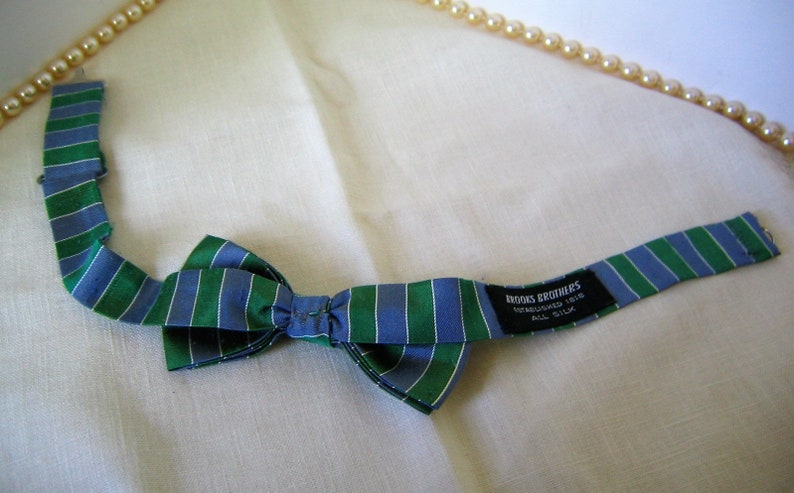 Vintage BROOKS BROTHERS Bow Tie Accessory Silk Tie 1970s 1980s Wonderful Condition Wedding Accessory