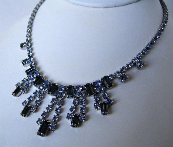 Vintage Necklace Silvertone Leaves Blue Rhinestones Choker Length