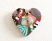Stroppel cane heart shaped polymer clay brooch with jewelry wire accents