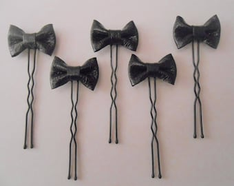 5 hairpins with black leather knot