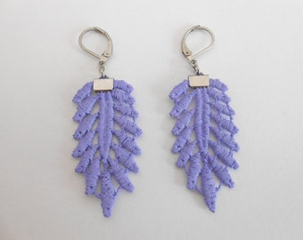 Small lace earrings and steel stainless