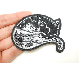 Cat shield, heat-sticking badge, hide a hole, chat patch, customization