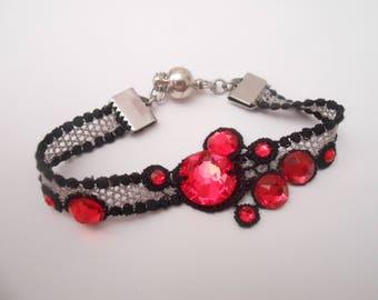Bracelet with Swarovski Crystal stones