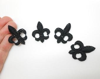 4 fleurs-de-lys in black cotton to sew or glue, guipure