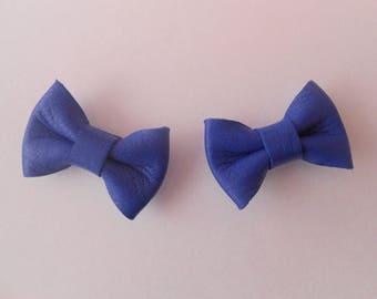 2 mini leather knot of 2 x 3 cm Royal Blue