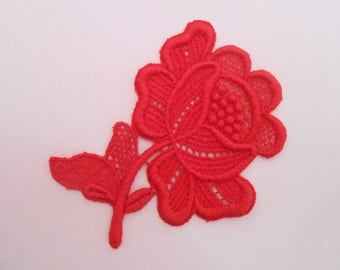 Red Rose lace 7 x 6 cm
