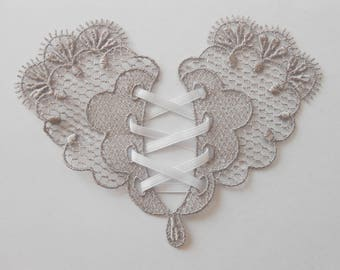 Gray lace pattern 10 x 8 cm
