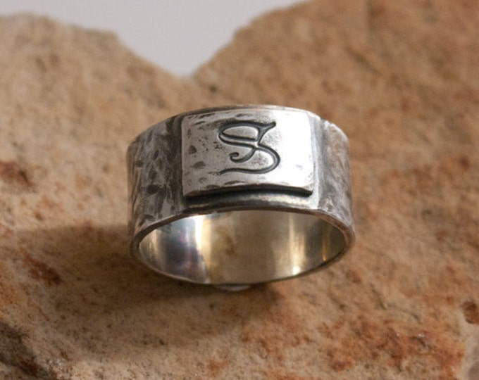Rustic Mens Ring, Rugged Sterling Signet Ring, Silver Signet Ring, Finger-Shaped Men's Ring, Squared Ergonomic Ring