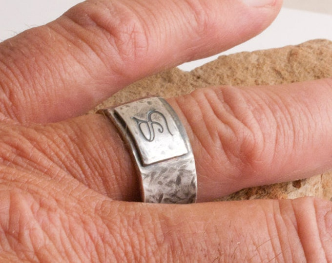 Rustic Mens Ring, Rugged Sterling Signet Ring, Silver Signet Ring, Finger-Shaped Men's Ring, Squared Ergonomic Ring