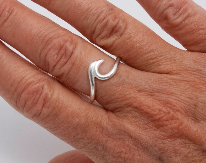 Wave Ring, Argentium Silver Wave Ring