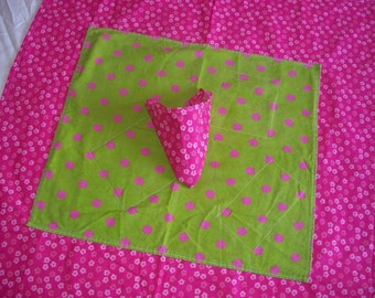 TABLE CLOTH - Bright Pink and Green