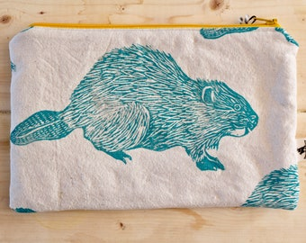 Organic canvas  beaver pencil case