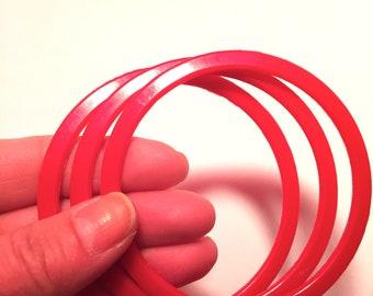 Vintage Plastic Red Spacer Bangles Fakelite Bangles Imitation Bakelite Bangle Spacers