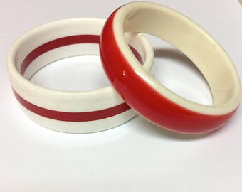 Vintage 1980s Red & White Plastic Bangle Red and White Striped Bangle