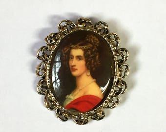 Vintage 1950s Portrait Brooch Portrait Pendant Framed Victorian Lady Portrait Brooch